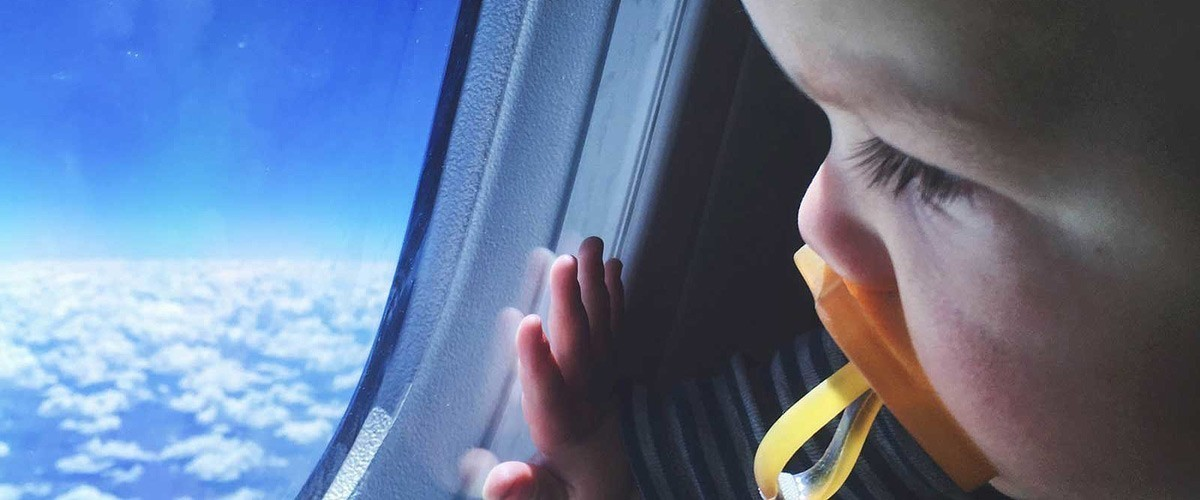 Kako na putovanje avionom sa bebom?