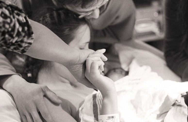 Prvi kontakt sa bebom i dojenje