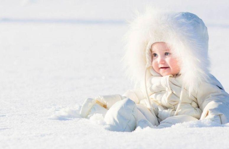 Da li sam bebu obukla dovoljno toplo za izlazak napolje?
