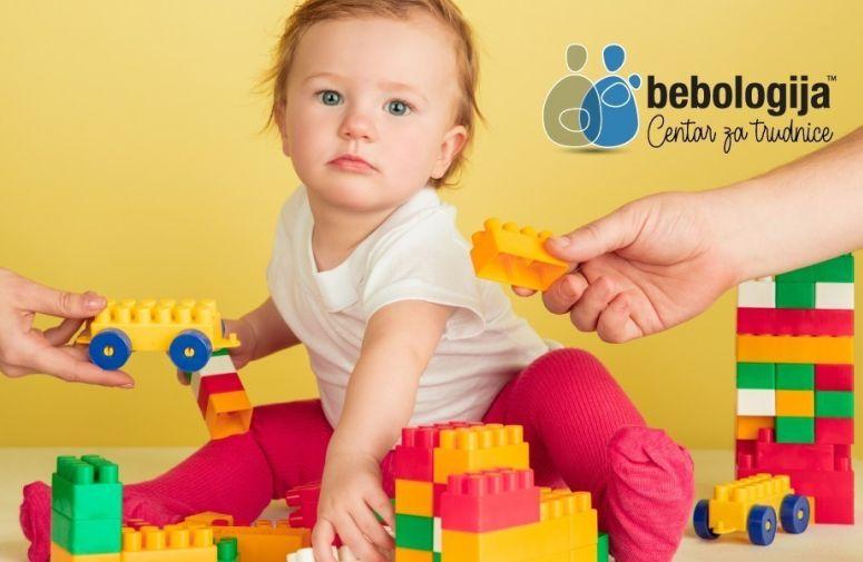 Koliko igračaka je potrebno za srećno dete i dobru igru?