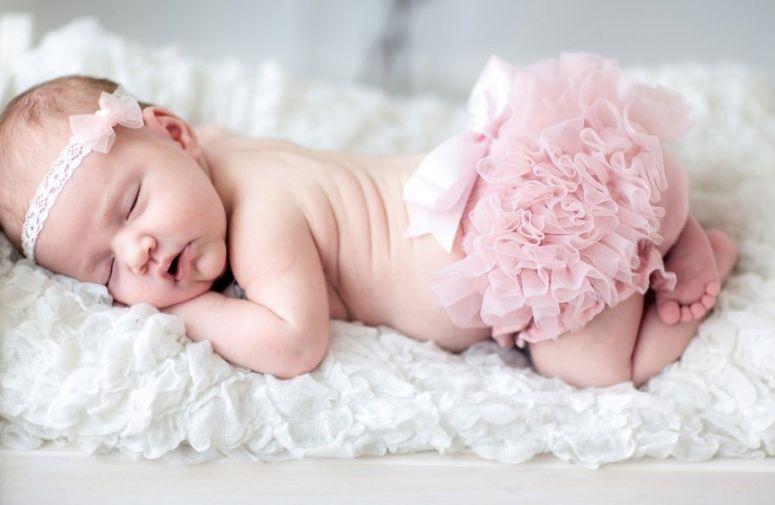 Novorođenče i letnja vrelina
