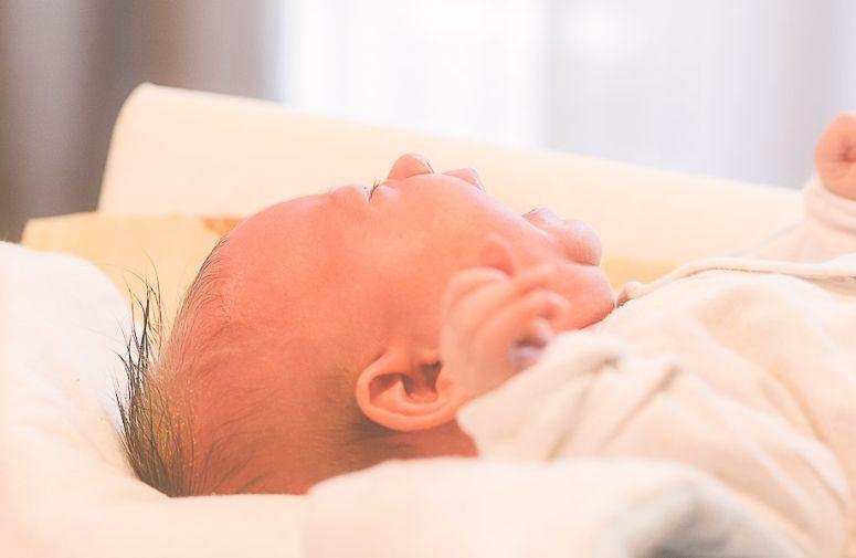 Iz ugla roditelja: Šta nam sve pomaže da ublažimo grčeve kod bebe