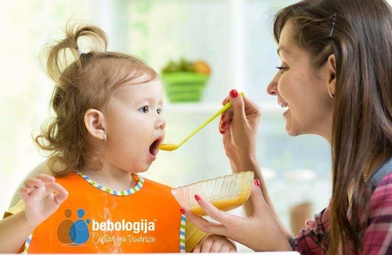 Žitarice, voće, povrće, meso - kakva treba da bude ishrana beba nakon dojenja?