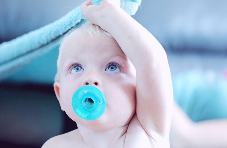 Mamina ispovest: zašto se beba često budi tokom noći