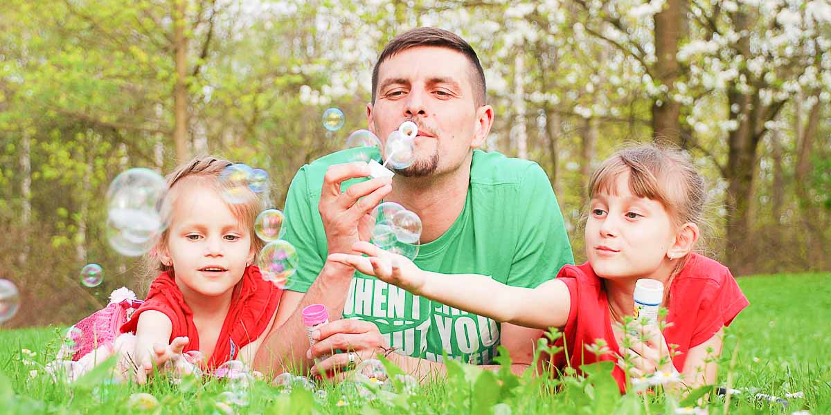 Otac može da bude svako, ali tata, ne!