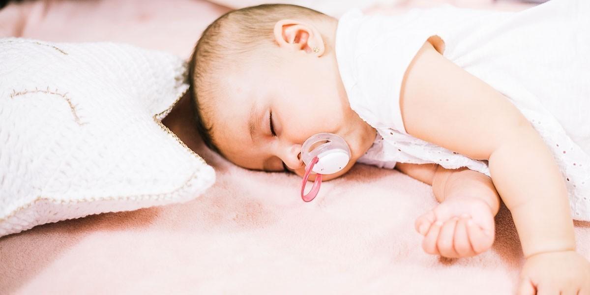 Istine i zablude o cucli: Da li bebe koje sisaju mogu da je koriste?