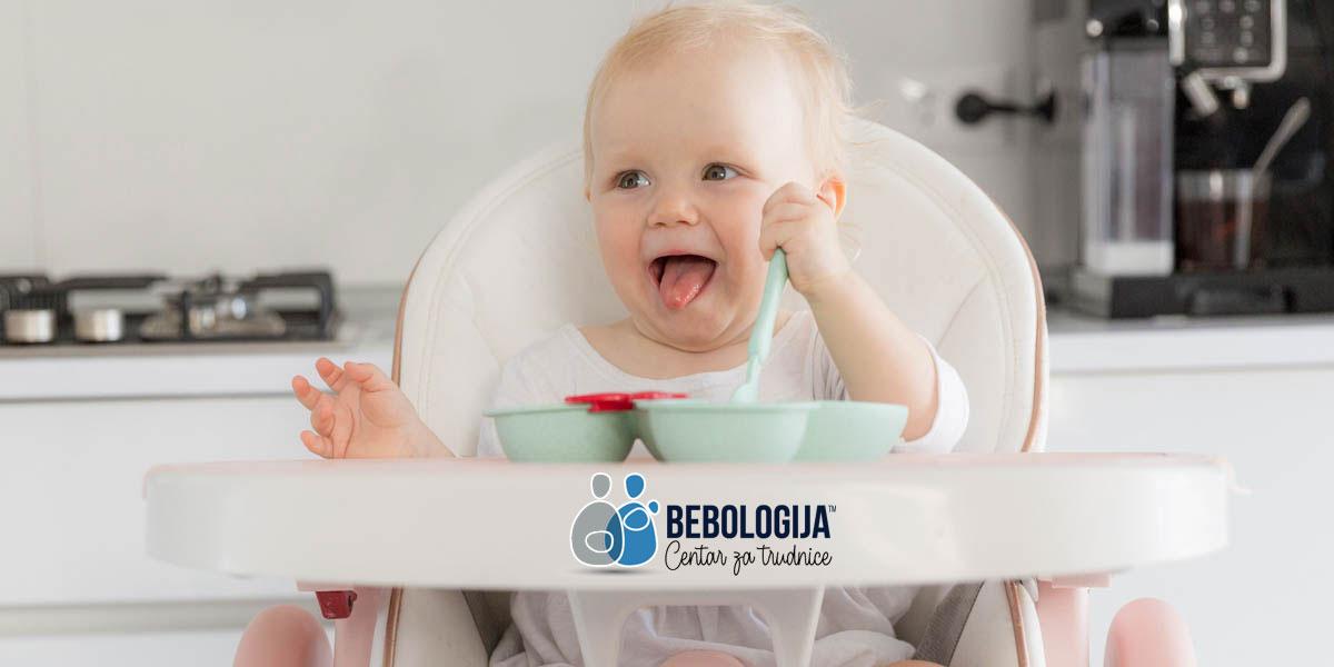 Zašto ne treba dodavati so i šećer u bebinu hranu?
