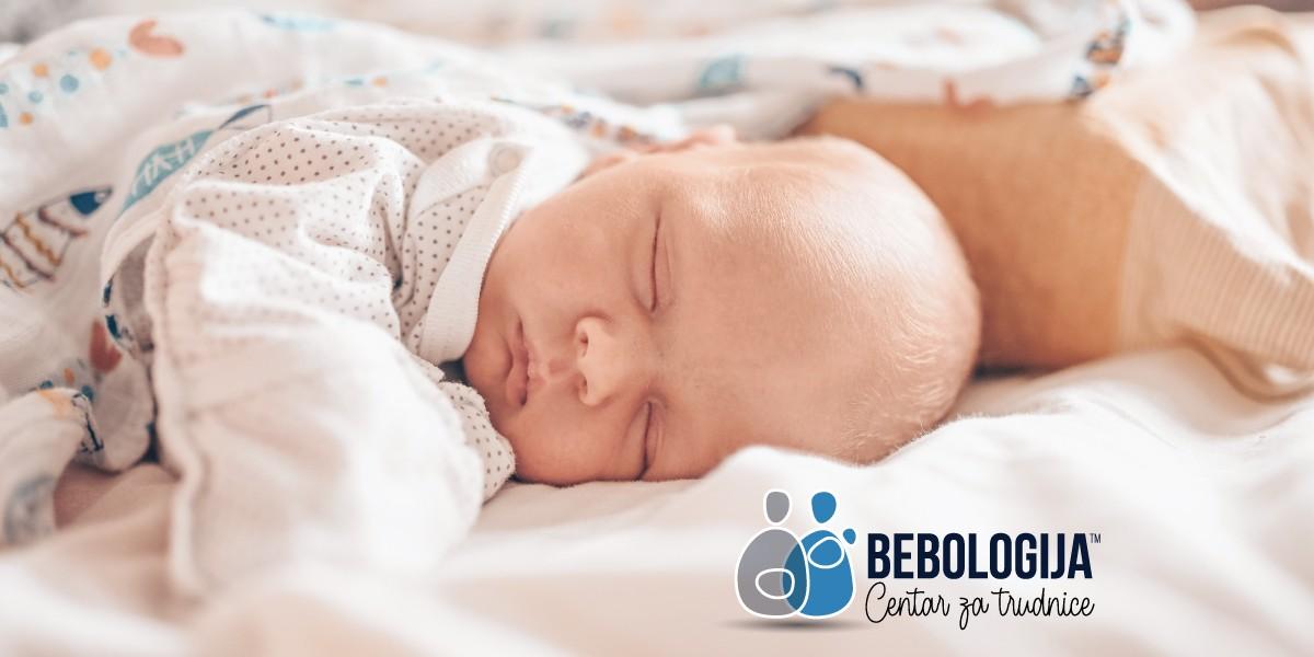 U koje doba dana se bebe najčešće rađaju?